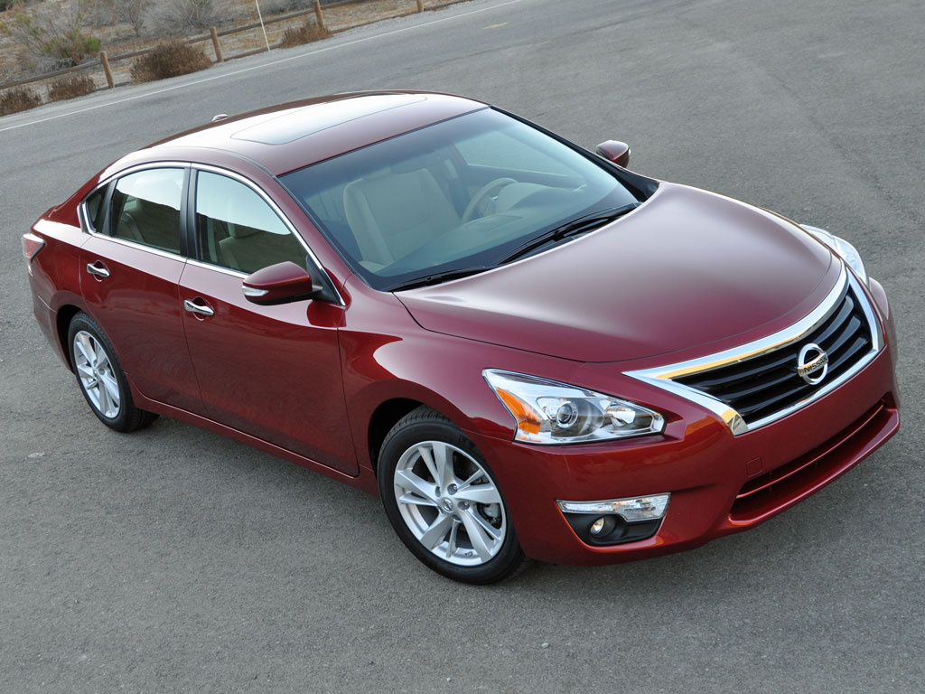 Nissan Strengthens 2015 Altima For Efficiency