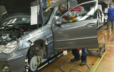Union Seeks Probe Of Automobile Industry