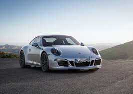 Porsche 911 Showcases Class With Turbo Engine