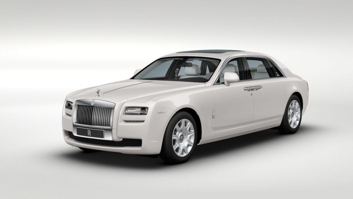 Rolls-Royce Draws Borderline in Lagos