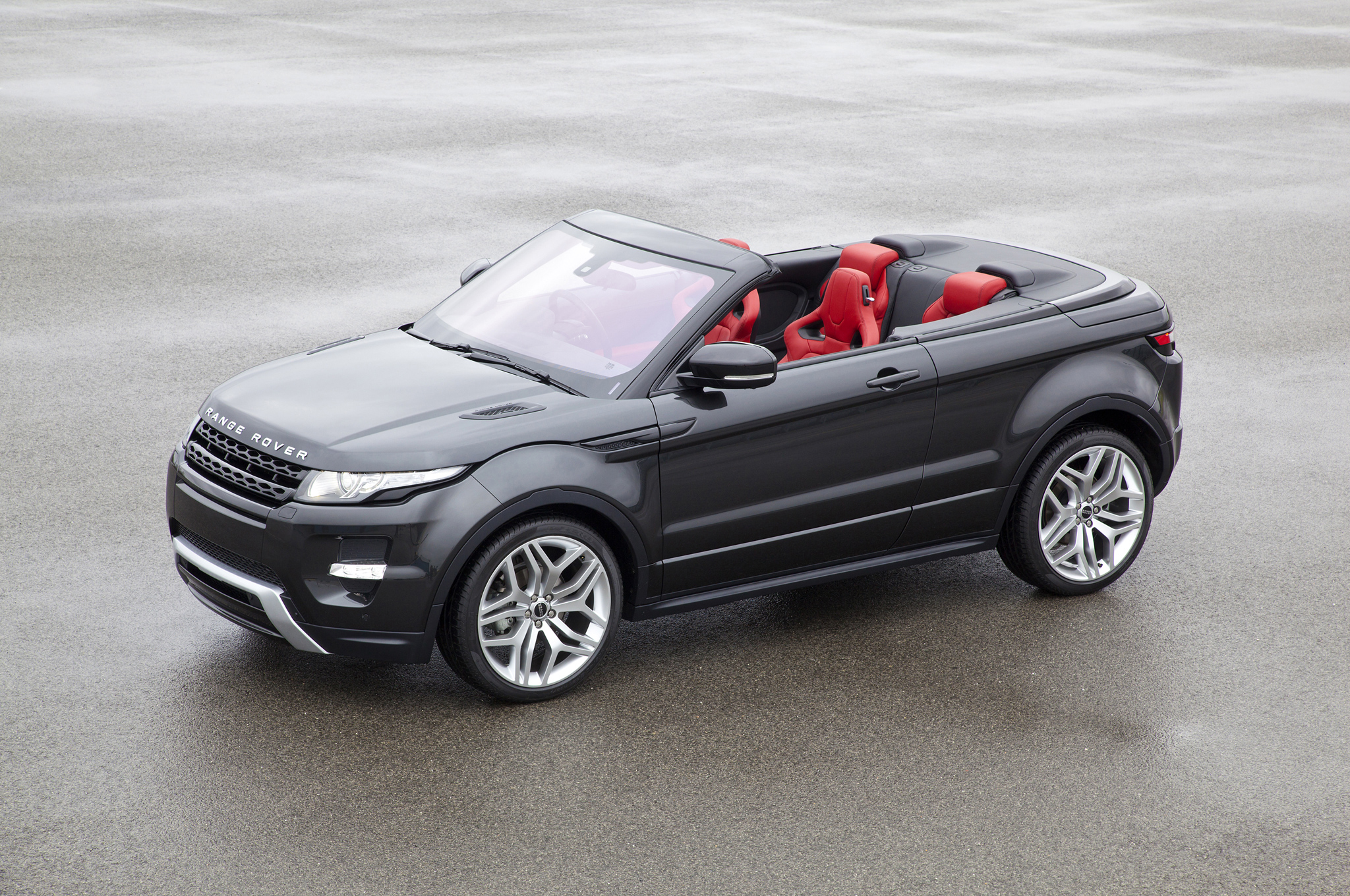 Range Rover Evoque Finally Goes Roofless
