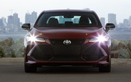 2019 Toyota Avalon First Drive