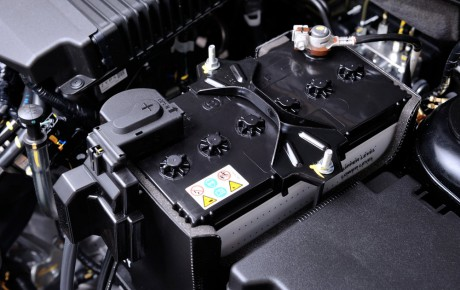 What Can Cause A Car Battery To Drain
