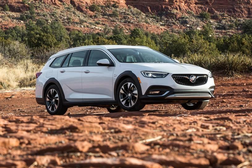 Buick Regal TourX 2020 Review